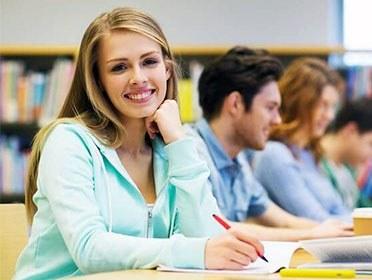 Language Center - Πρόγραμμα σπουδών για ενήλικες